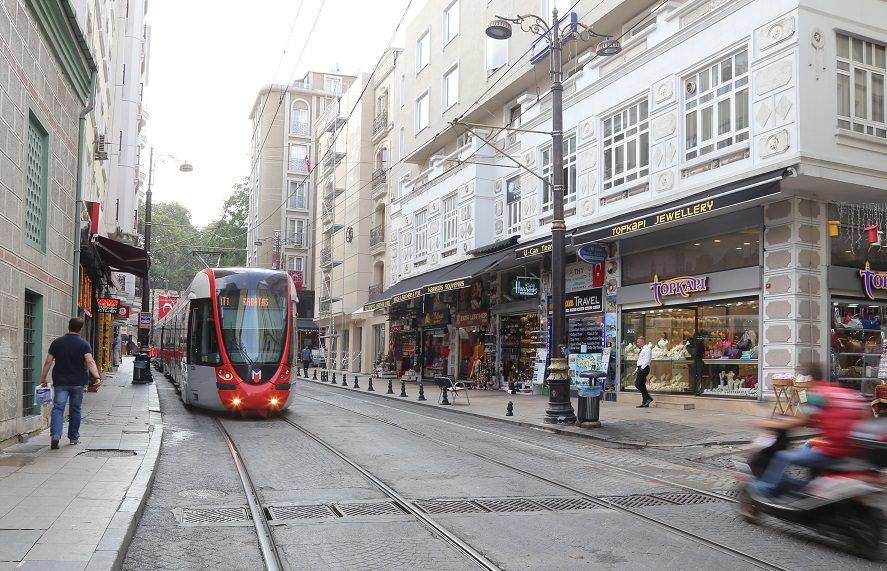 Istanbul Metro beingatraveler.com