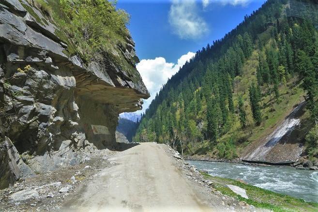 Roads neelam valley